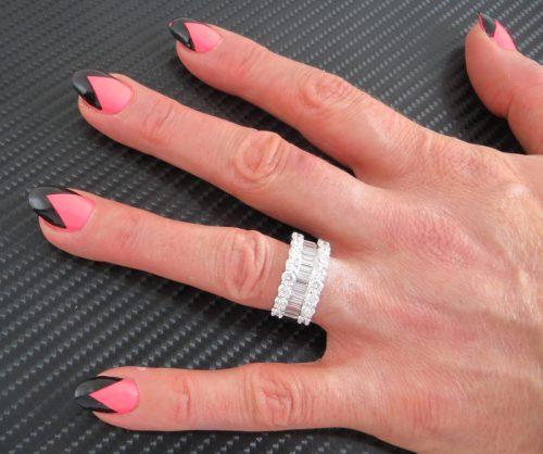 Top quality 18ct gold ladies 3.75ct diamond ring