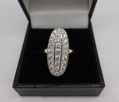 Ladies 18ct Diamond cluster ring