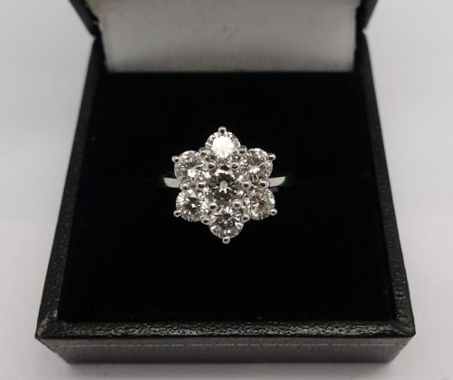 Ladies 18ct  Daisy Cluster ring