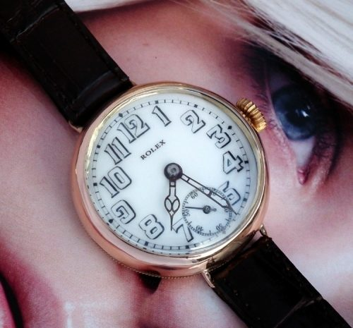 Vintage WW1 9ct Gold Officers trench watch circa 1917