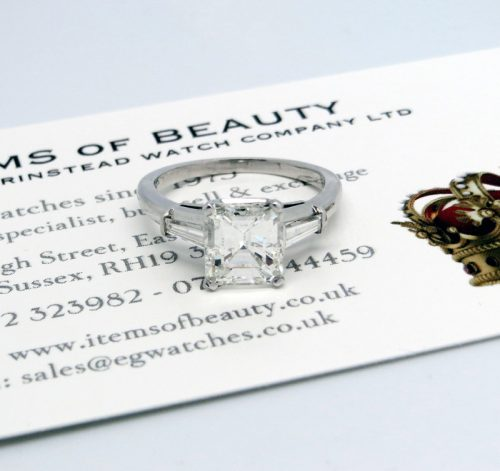 Beautiful 1.97ct Asscher cut ladies diamond ring